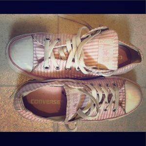Pink & White Coverse tennis shoes